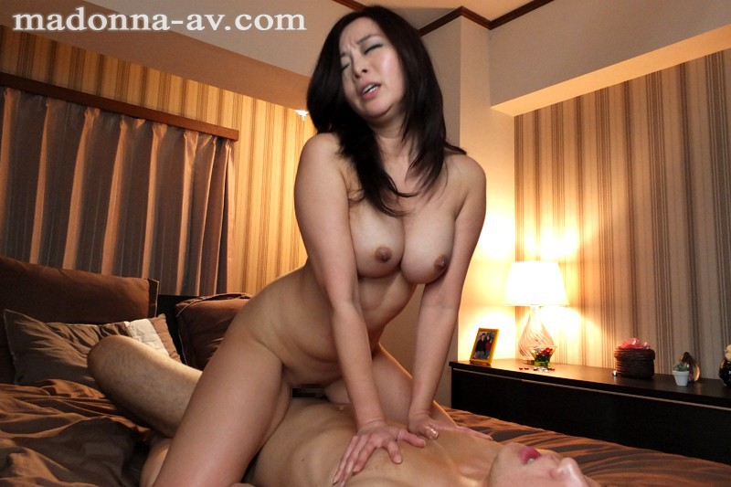 Immoral relationship with not son jpn - 1 part 10