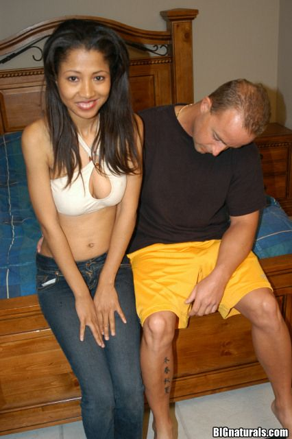 Sexy Taiwan girls sucking dick