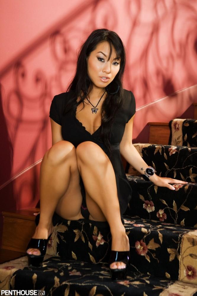 Busty latina rebecca tape body